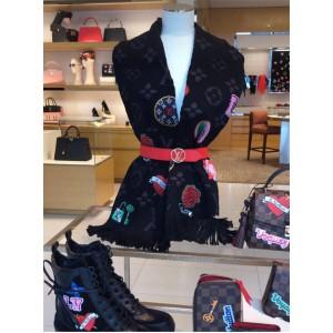 路易威登LV女士刺绣徽标LOGOMANIA SUPERSTITION 围巾M71060