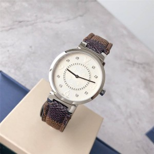 Louis Vuitton lv美国官网女士手表TAMBOUR SLIM系列棋盘咖啡格腕表