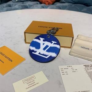路易威登lv包官网新款 ESCALE 包饰与钥匙扣M69272/M69273