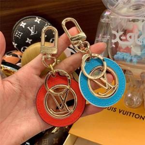 路易威登lv包包官网PONT 9 包饰与钥匙扣M80238/M80239
