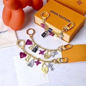 路易威登lv包包官网Love Lock Heart and Keys链条包饰与钥匙扣M67437