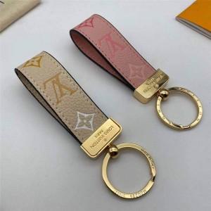 路易威登官网lv高仿MAXI DRAGONNE 钥匙扣M00286粉色