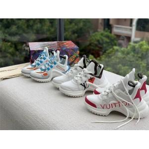 路易威登lv法国官网新款拼色爱心字母LOGO ARCHLIGHT 运动鞋老爹鞋