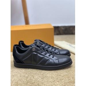 路易威登lv英国官网新款男鞋男士真皮运动鞋休闲鞋