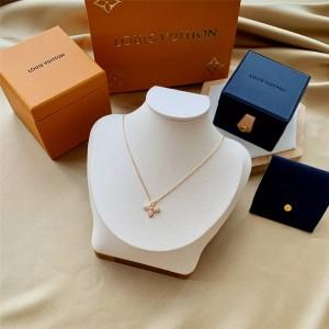 路易威登官网LV奢侈品打折网女士STAR BLOSSOM 18K金钻石项链Q93710