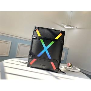 Louis Vuitton香港lv专卖店官网价格SOFT TRUNK 小号双肩包M30337