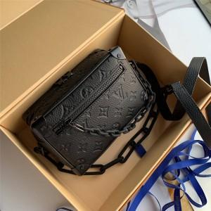 路易威登高仿lv官网男包压纹牛皮MINI SOFT TRUNK 手袋盒子包M55702