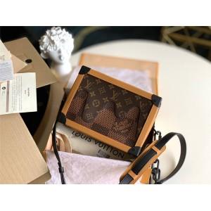 路易威登lv官网中文版NIGO联名系列SOFT TRUNK 手袋盒子包M40381