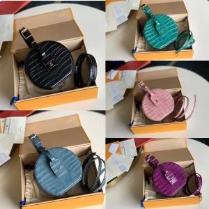 路易威登lv电视广告新款鳄鱼纹PETITE BOITE CHAPEAU 手袋手环圆饼包