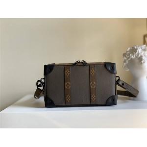 LV官网中国最大奢侈品网购SOFT TRUNK WALLET 手袋盒子包M30697